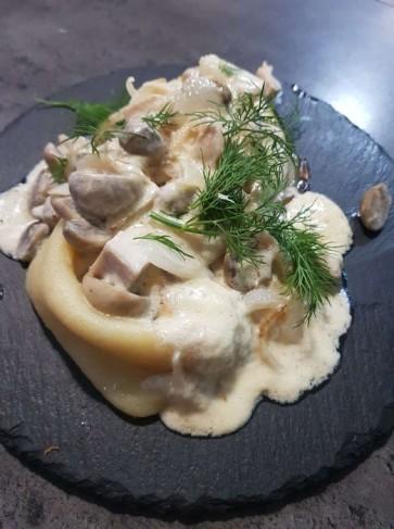 Блинчики с грибами и курицей, 220 г