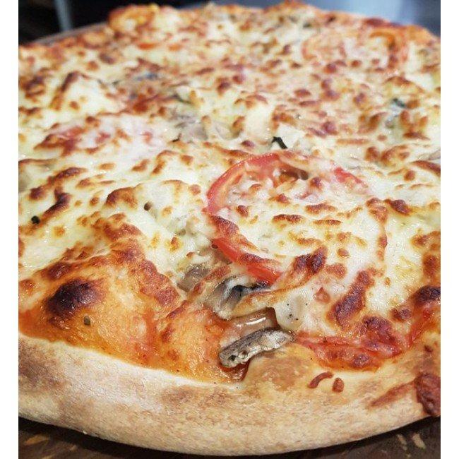 """Пицца """"Курица с грибами"""" ø 35 см 840 гр"""