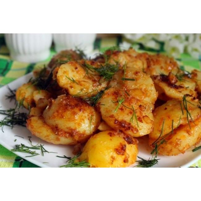 Картофель обжаренный на оливковом масле с маслинами, укропом и лимоном. 220 г